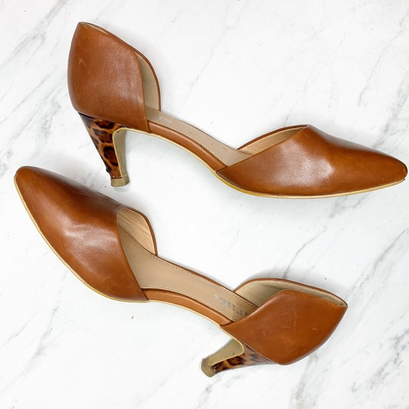 marais usa Shoes | Leather Kitten Heels